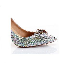 Wholesale Women Crystal Pointed Dress Shoes