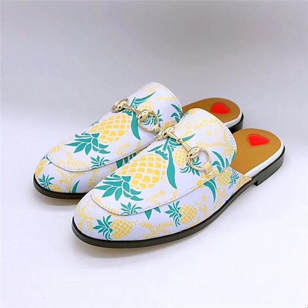 Pineapple Printing Leather Casual Shoes Fashion Half-Slippers Customized Shoes