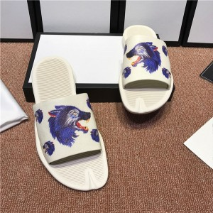 OEM Made Beach Slippers Whte Cowskin Animal Printed Slippers