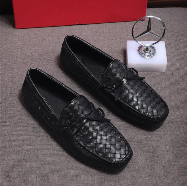 Custom Made Italian Woven Sheepskin Loafers Men Flat Shoes Supplier