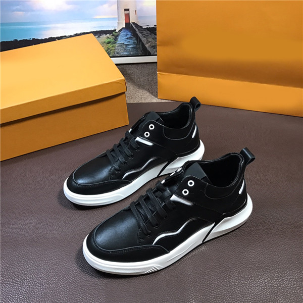 OEM Men Italian Back Cowhide Leather Sneakers Men Casual Shoes Size 38 To 46