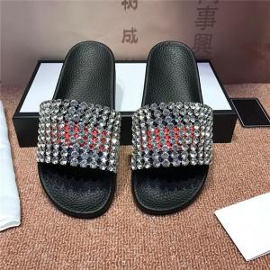 OEM Made Men Anti-Slip Beach Rhinestone Slippers European American Style Slippers Factory