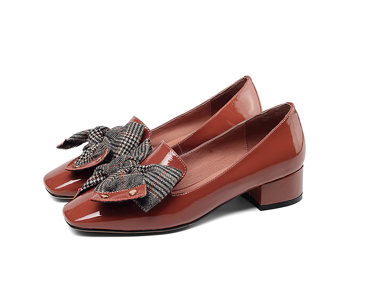 Women Low Heel Trendy Shoes Real Leather Featured Image