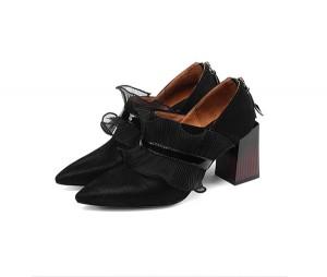 7.5cm Heel Black Sheepskin Inner Women Shoes With Lace