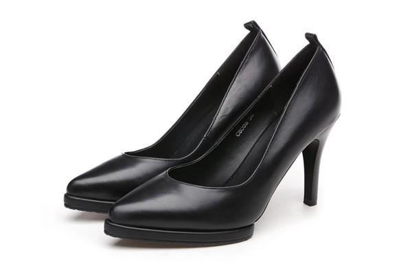 Superior Quality Sheepskin Platform Pumps Heels Black Featured Image