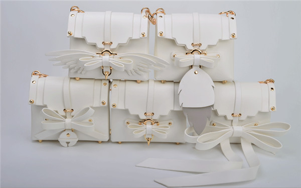 Most Popular White Synthetic Leather Bags Women'S Bag With Wings