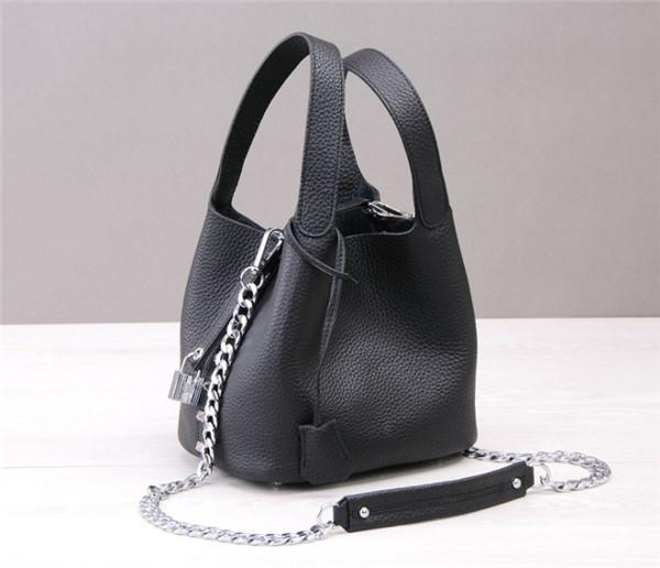 Custom Made Nice Italian Women Bags Black Natural Leather Mini Bucket Bag With Long Sling Chain