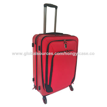 Large capacity expandable softside suitcase