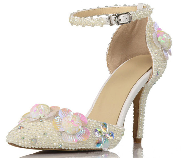 Custom Made Cowhide Women Fashion Sandals With Flowers Featured Image