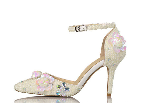 Custom Made Cowhide Women Fashion Sandals With Flowers