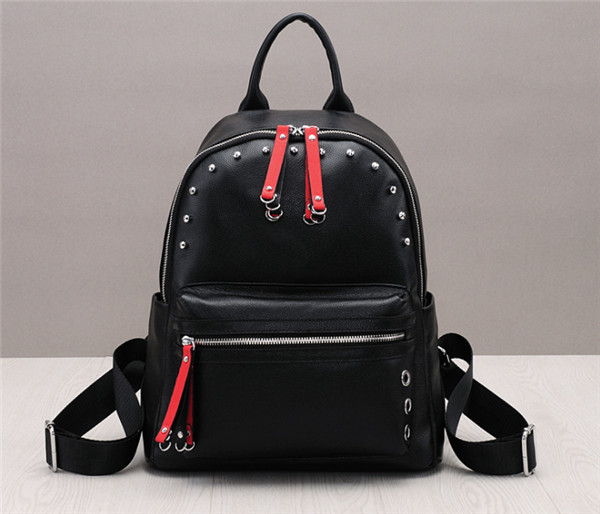 High Quality Fashion Natural Cowskin Backpacks With Rivet Backpacks