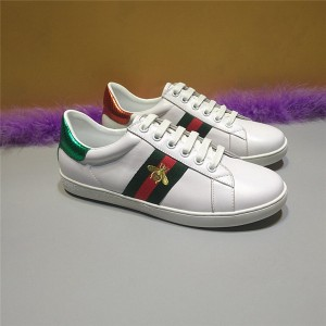 White Real Leather Bee Embroidery Unisex Shoes With Green-Red Strpe