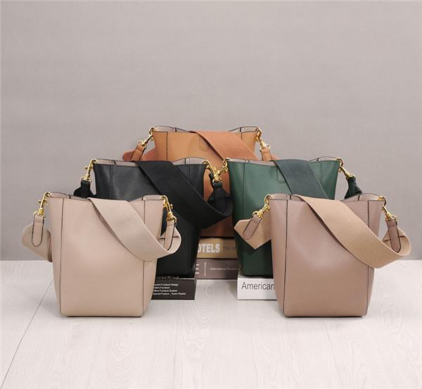 High Quality Designer Shoulder Bag Black For Female Cowhide Leather Bucket Bag